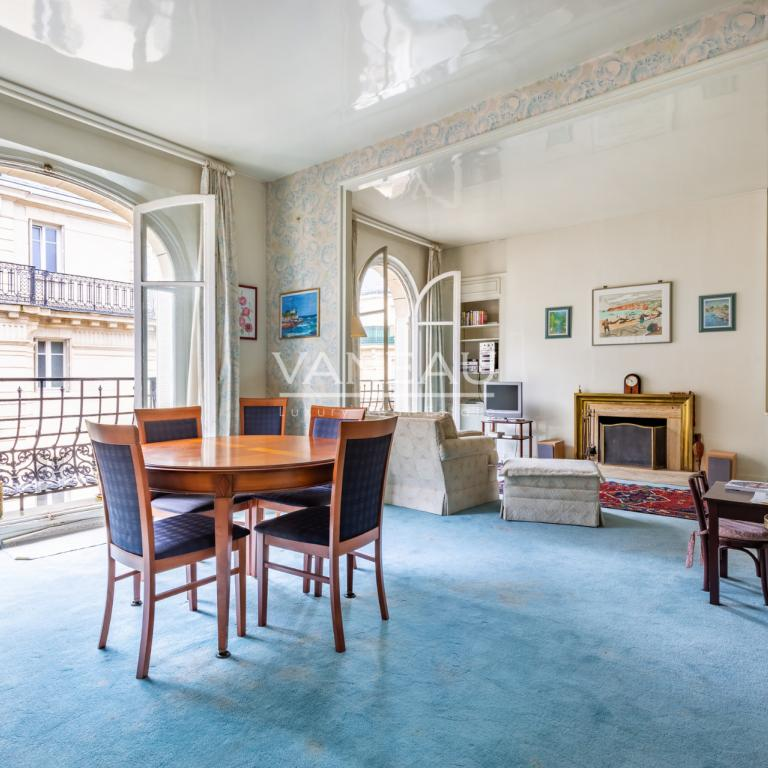 Neuilly Mairie - 4 pièces 122 m²
