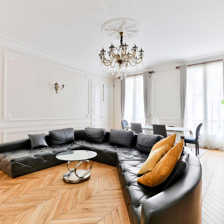APPARTEMENT FAMILIAL -  PROFESSION LIBERAL CHAMPS-ELYSEES